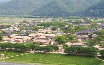 Korea's 400-year-old Andong Hahoe village