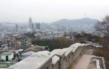 360 views of Seoul at Naksan Park