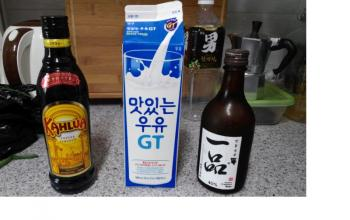White Koreans: The Drink 'The Dude' Would Have Drank If He Lived Here