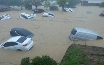 Serious Floods Hit Busan