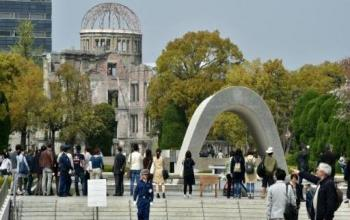 The Huge, Strange Coalition Opposed to an Obama Apology at Hiroshima
