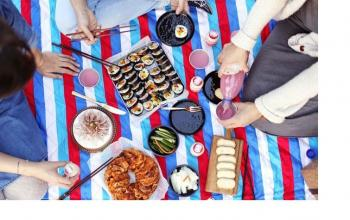 Six Things You Need for a Korean Picnic