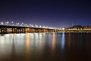 Han River and Hannam Bridge at night, Seoul