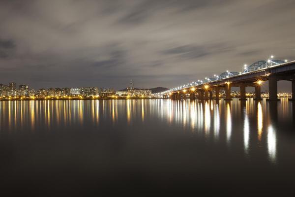 Han River and Dongjak Bridge night view, Seoul