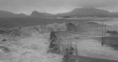 Sanba Waves Farewell (2)